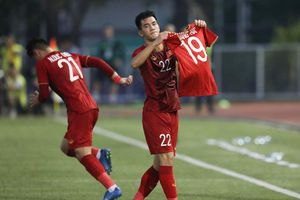 HLV Park Hang-seo bênh vực Văn Toản, báo tin vui về Quang Hải