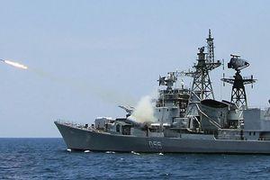 Điểm danh những vũ khí của hải quân Ấn Độ khiến đối phương phải 'kiêng nể'