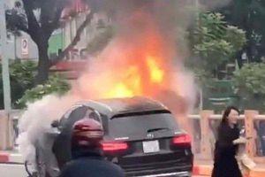 Hà Nội: Khởi tố vụ án nữ tài xế lái xe Mercedes gây tai nạn kinh hoàng khiến 1 cô gái tử vong