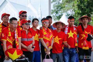 U22 Việt Nam - U22 Thái Lan: CĐV Việt Nam nô nức đến sân cổ vũ thầy trò HLV Park Hang Seo