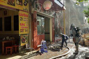 Hà Nội: Quán bún chả cháy dữ dội trên phố Hoàng Cầu