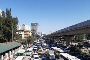 Hà Nội: Tai nạn giao thông nghiêm trọng 2 người tử vong
