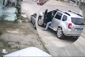 Thanh niên 'hùng hổ' đi cướp xe nhưng quên mất rằng mình không biết lái
