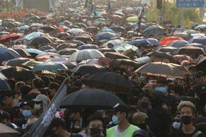 Cảnh sát Hồng Kông kêu gọi biểu tình ôn hòa