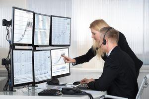 Giá cổ phiếu rẻ, nhà đầu tư ngoại vẫn 'giữ tiền'