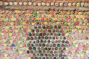 Độc đáo ngôi nhà làm từ hơn 6.000 vỏ chai nhựa của chàng trai ở đảo Lý Sơn