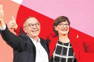 Tại sao đảng SPD cầm quyền ở Đức có hai Chủ tịch
