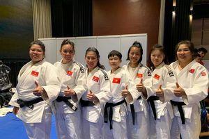 Các nữ võ sỹ môn Judo giành huy chương Vàng ở nội dung đối kháng