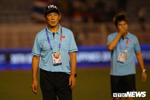 HLV U22 Thái Lan ngậm ngùi xin lỗi: 'Lựa chọn cầu thủ dự SEA Games 30 chưa chính xác'