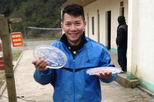 Rét, nước trong chậu ở xã miền núi Nghệ An đóng băng