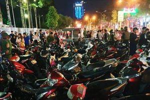 Hàng trăm xe máy 'đi bão' sau trận thắng của U22 Việt Nam bị tạm giữ