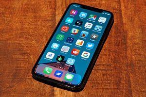 iPhone X được chào bán giá 6 triệu đồng tại Việt Nam; LG Electronics ra mắt smartphone màn hình gập