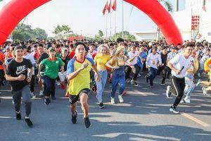 Hơn 10.000 sinh viên tham gia giải Việt dã Sinh viên TPHCM 2019