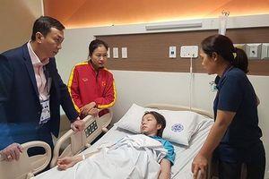 Hậu vệ Hồng Nhung nhập viện sau trận chung kết