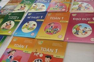Chọn sách giáo khoa, đừng mỗi bộ vài cuốn