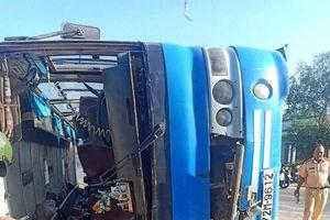 Xác định nguyên nhân vụ lật xe khách khiến 13 người thương vong ở Long An