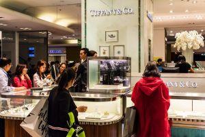 Du học sinh Trung Quốc sống xa xỉ, chi hàng chục nghìn USD ở Anh, Mỹ