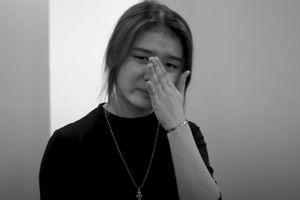 Thành viên nhóm nhạc đông nhất Việt Nam khóc khi được chọn