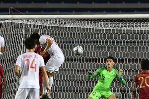 Trực tiếp bóng đá SEA Games 30 Việt Nam vs Indonesia: Hùng Dũng , Văn Hậu đá như siêu sao tầm cỡ hạ gục Indonesia