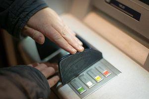 Cảnh giác 2 chiêu trò lừa đảo trộm tiền ngân hàng mùa cuối năm