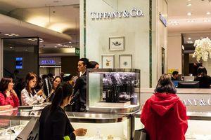 Choáng ngợp với mức độ mua sắm của sinh viên Trung Quốc tại trời Tây