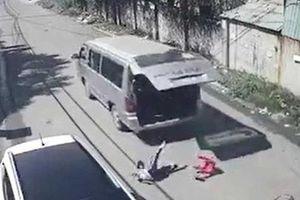 Bộ GD&ĐT rà soát chất lượng xe sau loạt sự cố học sinh bị văng ra khỏi xe đưa đón