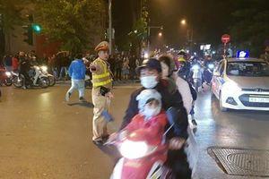 Không có đua xe, tai nạn nghiêm trọng trong đêm ăn mừng chiến thắng của đội tuyển Việt Nam