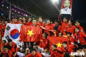 SEA Games 30: Bóng đá Việt Nam 'tỏa sáng' với hai chức vô địch