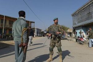 Đoàn xe quân sự Mỹ ở Afghanistan bị đánh bom