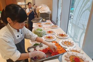 Thủ tướng chiêu đãi các cầu thủ bóng đá Việt Nam món ăn gì?
