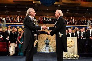 Nhiều nơi tẩy chay dữ dội giải Nobel văn học của Peter Handke