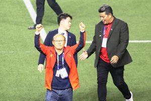 Trước trận chung kết, HLV Park Hang Seo dặn cầu thủ: 'Đừng chịu áp lực 60 năm'