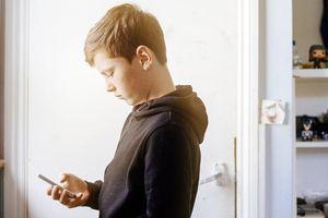 Apple cung cấp thêm các công cụ để cha mẹ quản lý con cái dùng iPhone