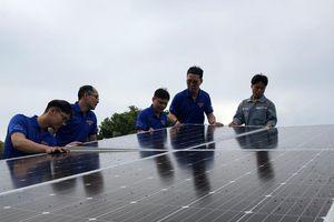 Công ty Nhiệt điện Phú Mỹ tổ chức trao hệ thống điện năng lượng mặt trời cho tịnh xá Ngọc Hòa