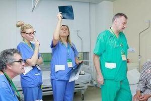 Bệnh viện 108 phẫu thuật khớp háng và khớp gối miễn phí cho 108 bệnh nhân nghèo