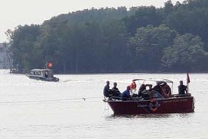 5 người gặp nạn khi trục vớt tàu ở Cần Giờ