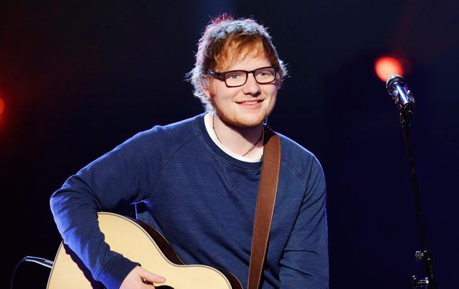 Ed Sheeran là Nghệ sĩ của thập kỷ