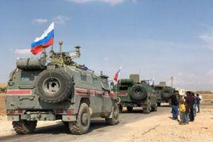 Quân đội Mỹ ngăn cản cuộc tuần tra của quân đội Nga tại miền bắc Syria