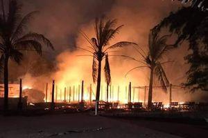 Quảng Nam: Cháy trong đêm, nhà hàng hải sản bị thiêu rụi