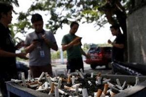 Philippines: Phạt nặng, bỏ tù người hút, bán thuốc lá nơi công cộng