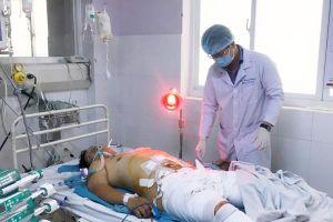 TP.HCM: Tai nạn giao thông nghiêm trọng ở QL1A, một nam thanh niên nguy kịch