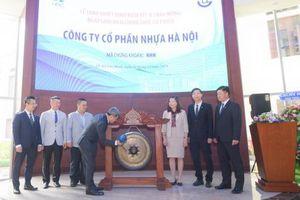 Nhựa Hà Nội chính thức đưa 34,44 triệu cổ phiếu niêm yết trên sàn HOSE