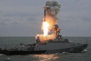Tên lửa Nga đánh trúng mục tiêu cách 250km trên Biển Đen