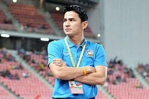 Kiatisuk: Bóng đá Việt Nam chưa vượt qua Thái Lan