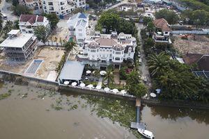 Chủ tịch quận 2 than khó xử công trình chiếm bờ sông Sài Gòn
