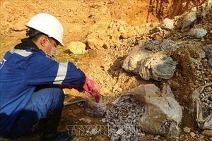 Giám định chất thải chôn lấp trái phép tại Sóc Sơn
