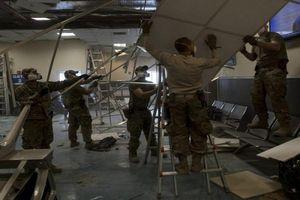 Cận cảnh căn cứ Mỹ tại Afghanistan tan hoang sau vụ tấn công của Taliban