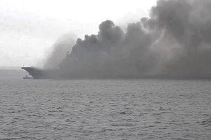 Tàu sân bay của Nga bị cháy trong quá trình sửa chữa