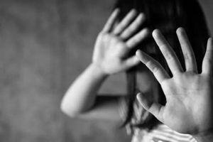 Cha ruột nghi xâm hại con gái sau khi ly thân với vợ