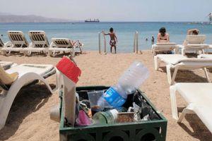 Thành phố đầu tiên của Israel cấm đồ nhựa dùng một lần tại bãi biển